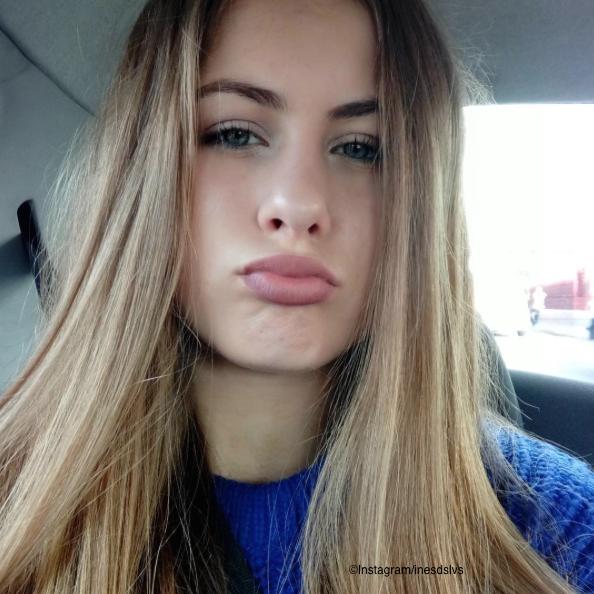 meuf blonde de 16 ans